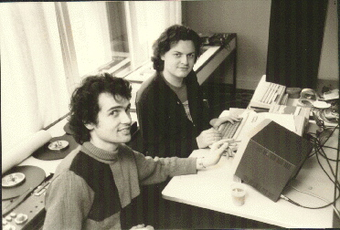 1986: Peter Desain (left) and Henkjan Honing during a LOCO workshop at ...: www.mcg.uva.nl/personal/photoalbum/Sites-Pages/Image8.html